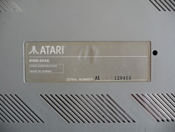 'Star' Arabic Atari 65XE Sticker close-up