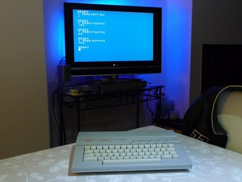 'Star' Arabic Atari 65XE connected on TV